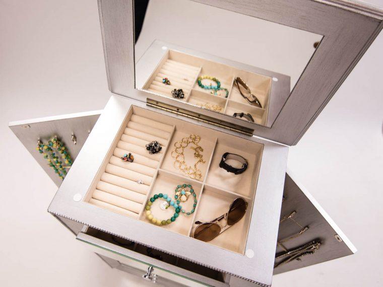 Hives & Honey Mia Jewelry armoire